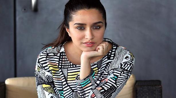 Shraddha Kapoor to play Saina Nehwal role in biopic