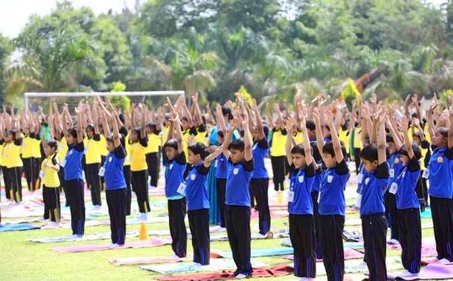 Yoga day celebrated in school the hindu yoga for fitnessstudents of sarala birla ranchi show the way fandeluxe Image collections