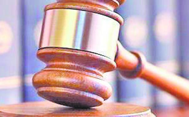 Delhi Court appoints Local Commissioner to oversee sealing of lawyer's computer