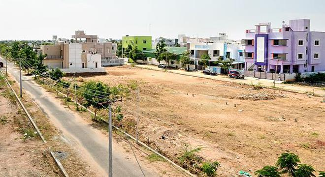Plots developed by a real estate promoter near airport in Tiruchi.M.Moorthy