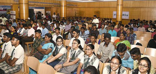 Students at the The Hindu -EDGE Vetrikodi Career Counselling Fair 2018 held in Tiruchi on Wednesday.Photo: M. Srinath