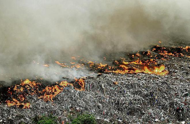 Accidental fire during summer at Ariyamangalam garbage dump sends clouds of smoke causing nuisance to residents.